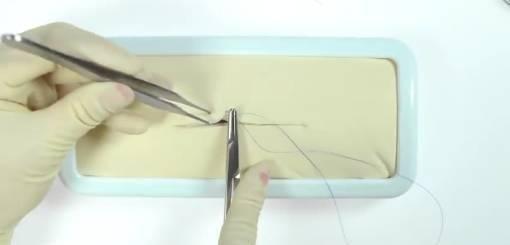 KRUUSE | Suture techniques: Intra-dermal/Intra-cutaneous/Sub-cuticular
